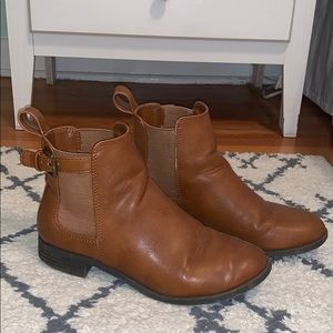 American Eagle Brown Leather Chelsea Boots